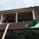 laatste stukje van het dak dicht maken